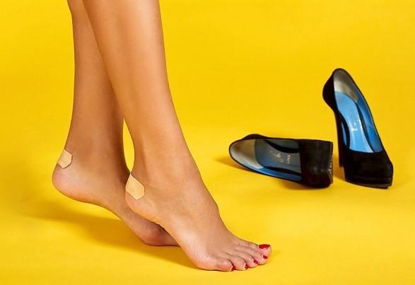 9 mẹo chọn giày cao gót không làm đau chân