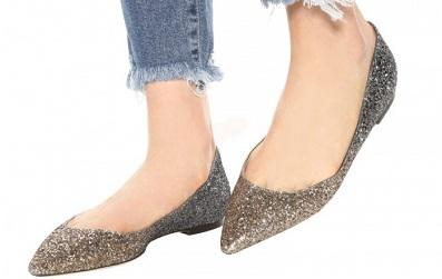 Bạn sẽ không còn nhớ đến giày cao gót hay sneaker khi nhìn thấy 9 mẫu giày búp bê này