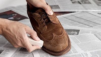 Bảo quản giày da đúng cách