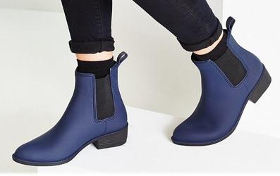 Boot chống thấm nước cực style trong mùa mưa