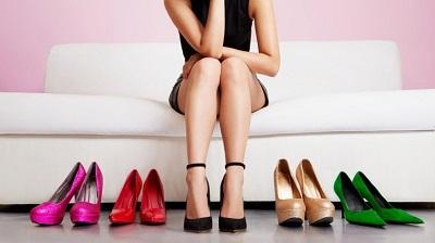 Cách chọn giày cao gót phù hợp cho người mới bắt đầu tập đi