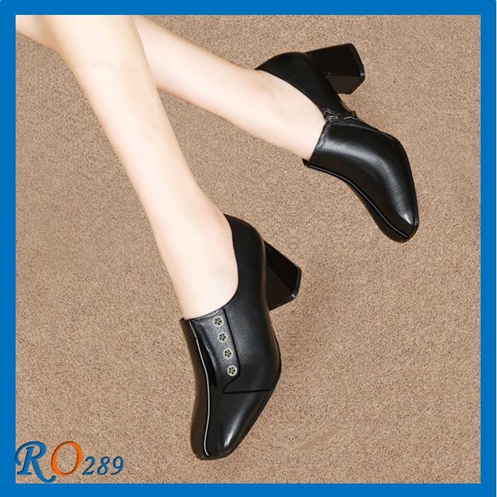 Giày Boot nữ cổ thấp RO289