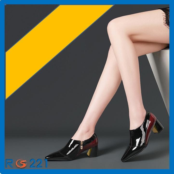 Giày boot nữ RO221 màu đen Phối Đỏ