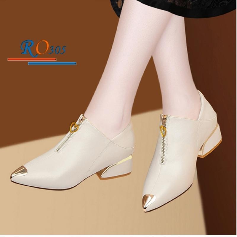 Giày Boot nữ RO305 Màu Kem