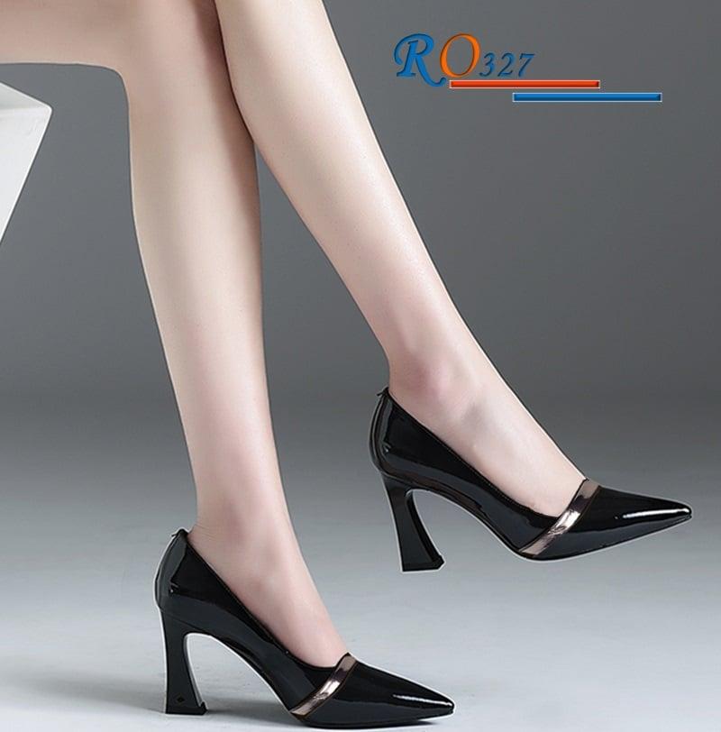 Giày Sandal Cao Gót Bít Mũi RO327
