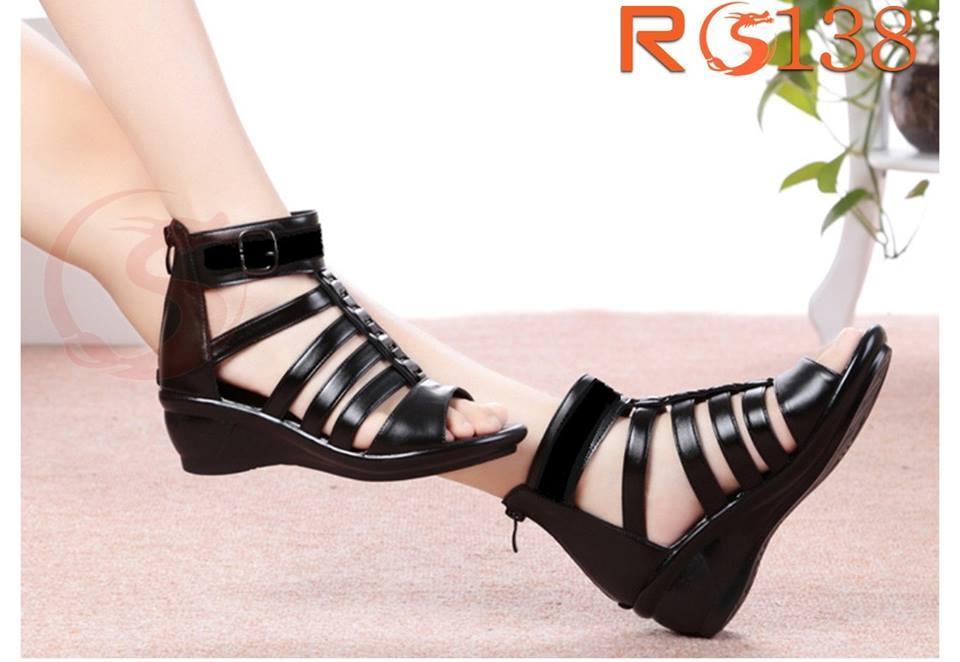 Giày xăng đan nữ RO138 Màu Đen