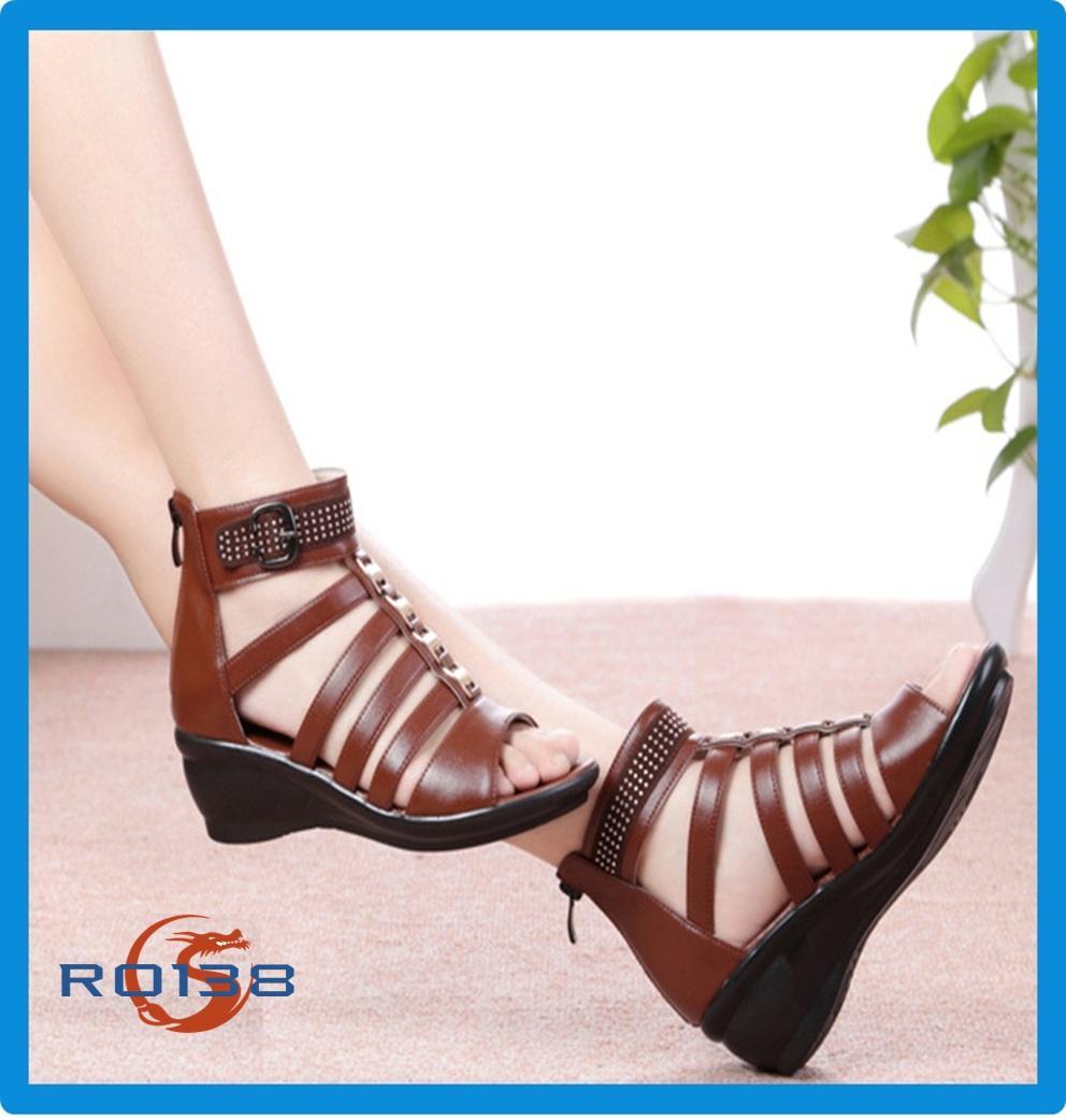 Giày xăng đan nữ RO138 màu Nâu