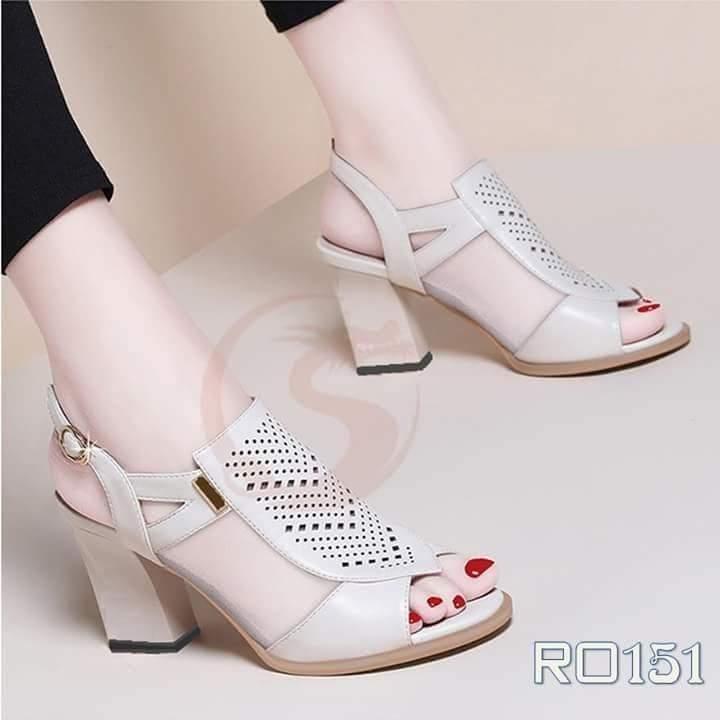 Giày xăng đan nữ RO151