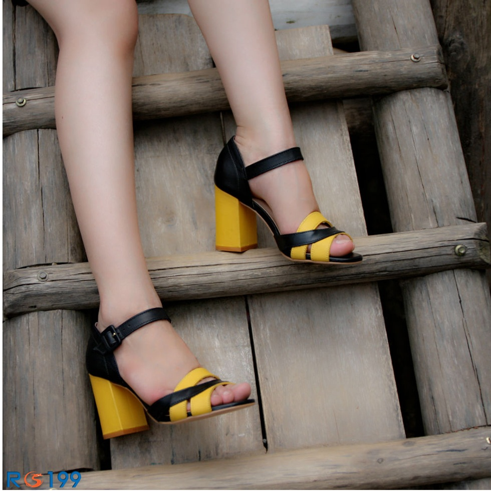 Giày xăng đan nữ RO199