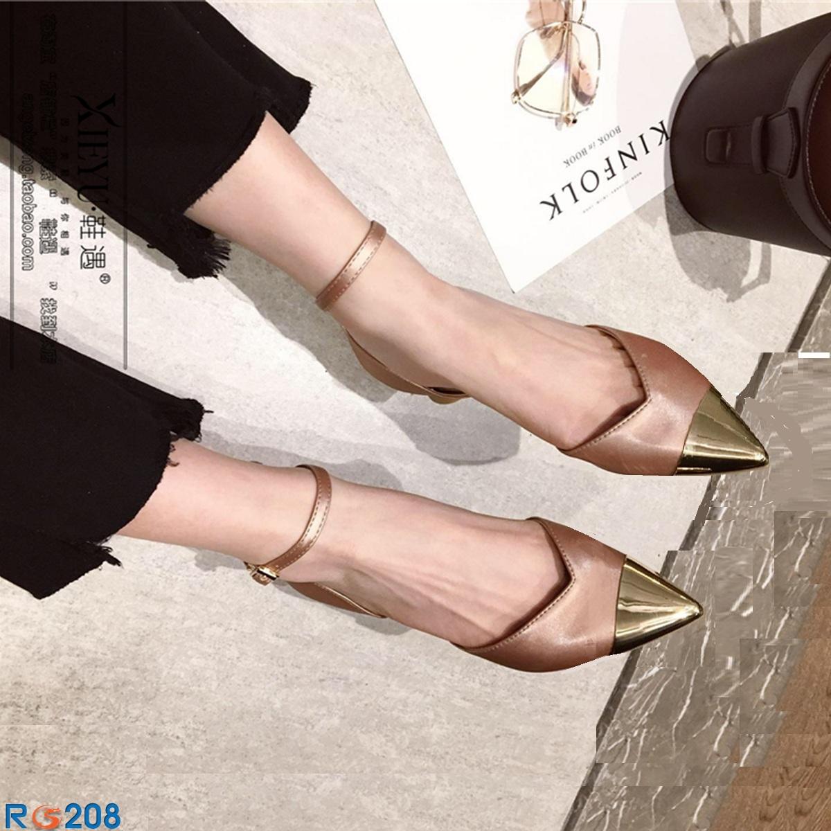 Giày xăng đan nữ RO208