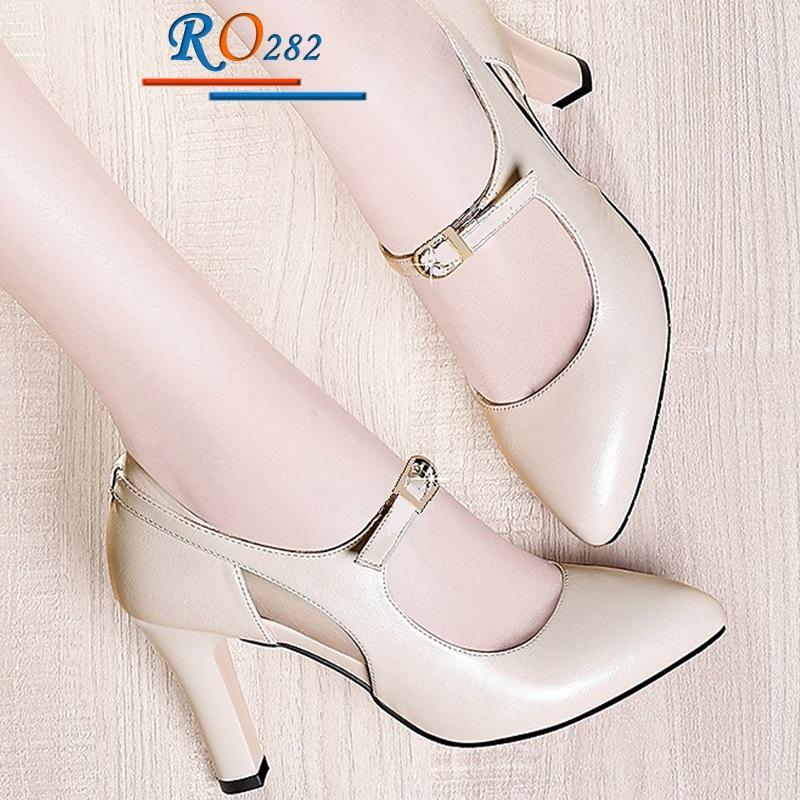 Giày xăng đan nữ RO282 Màu Kem