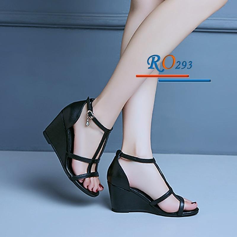 Giày xăng đan nữ RO293 Màu Đen