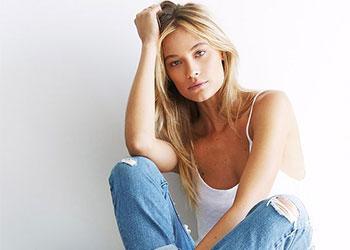 Mặc quần Jeans xắn gấu sao cho sành điệu