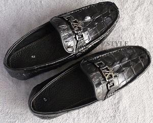 Những đôi giày nam để mix cùng với mọi kiểu quần