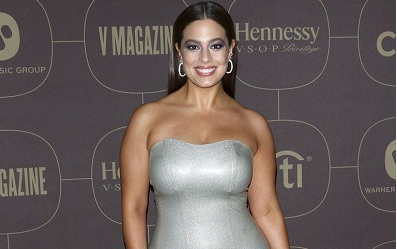Siêu mẫu ngoại cỡ Ashley Graham là ngôi sao mới nhất vừa chinh phục thành công váy latex ôm sát