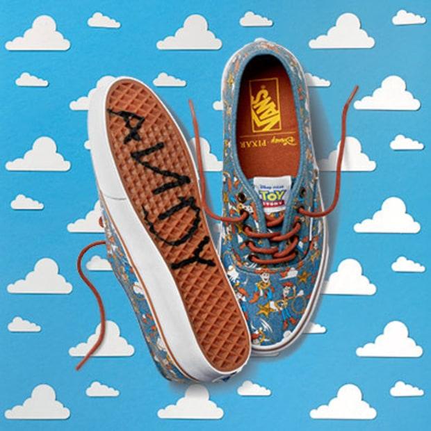 """Van ra mắt dòng giày sneaker """" Toy Story"""""""